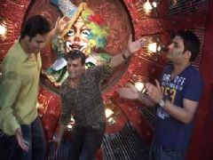 Holi Celebration on Comedy Circus 3 Ka Tadka