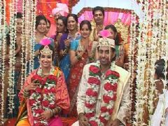 Bhaskar and Avani wedding sequence in Maayke se bandhi...Dor