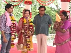 Lovely and Karthik's wedding in Mrs. Kaushik Ki Paanch Bahuein