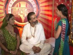 Aastha introduces Baapji in Colors show Havan
