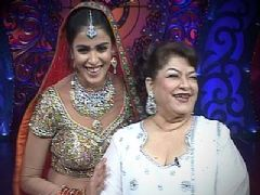 Genelia At Finale of Nach Le Ve With Saroj Khan