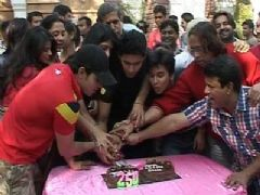 Saas Bina Sasuraal team celebrates completion of 250 Episodes