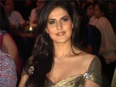 John and Shahid are Sexiest Vegetarians - Zarine Khan