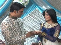 Dr. Nidhi And Dr. Ashutosh's Engagement Ceremony in Kuch Toh Log Kahenge