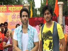 Promotion Of Film Kyaa Super Kool Hain Hum On The Set Of Pavitra Rishta & Bade Acche Lagte Hain