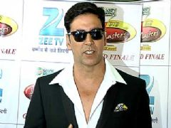 Akshay reveals first look of his film 'Oh My God!' at Dance India Dance L'il Masters Grand Finale