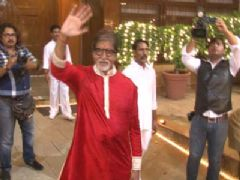 Amitabh Bachchan to celebrate Aaradhya's first Diwali