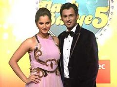 Sania Mirza with Shoaib Malik unveiled as special Jodi for Nach Baliye 5