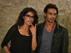 Bollywood stars attend Inkaar screening