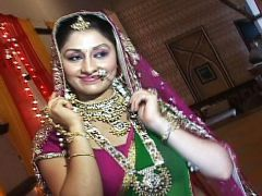 Ankita Sharma describes her wedding outfit