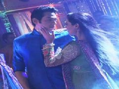 Zara-Rishi's romantic Dance sequence