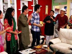 ''Bajatey Raho'' team goes to Taarak Mehta !