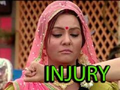Sucheta Khanna shoots despite injury