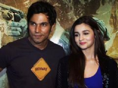 Alia Bhatt nervous about `Highway` theatrical trailer release