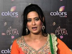 Celebs talk about their favorite contestant in the Big Boss at the red carpet of Golden Petal Awards
