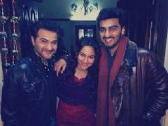 First Look of Tevar - Sonakshi sinha enjoys with co-star Arjun Kapoor