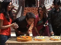 Iqbal Khan celebrates his birthday on the sets of Tumhari Paakhi