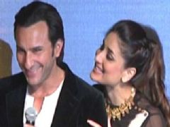 Sexy Kareena with Hubby Saif Ali Khan at iifa PC