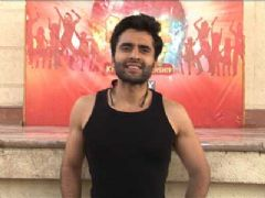 Jackky Bhagnani on the sets of Boogie Woogie for the Grand Finale