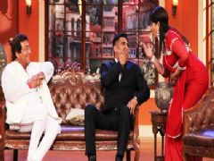 Watch Vinod Khanna and Suniel Shetty on Comedy Nights With Kapil