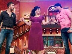 Yuvraj Singh and Harbhajan Singh on te set of Comedy Nights with Kapil