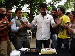 Viraf Patel Celebrates Birthday with India-Forums...