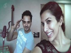 Audio Making of Raat Akeli hai - Raghav Sachar Feat. Sophie Choudry