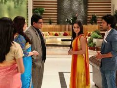 Durga Apologises To Sakshi Goenka For The First Time