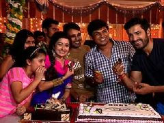 Celebration Time On The Sets Of Uttaran