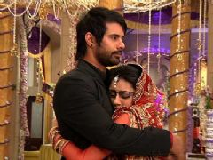 Abhi's Apology To Pragya In Kumkum Bhagya