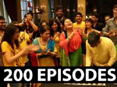 Its Celebration Time For Kumkum Bhagya!
