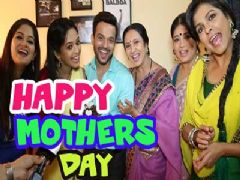 Mothers day celebration on the sets of Satrangi Sasural