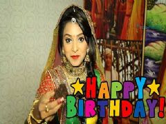 Pretty Rachna Parulkar celebrates her birthday with India-Forums