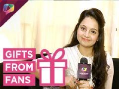 Giaa Manek receives gifts from her fans Part