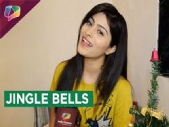 Aparna Dixit Decorates Christmas Tree