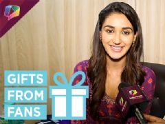 Nikita Dutta Receives Gifts From Her Fan | Gift Segment
