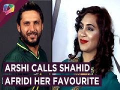 Arshi Khan Calls Shahid Afridi Her Favourite Cricketer | Exclusive