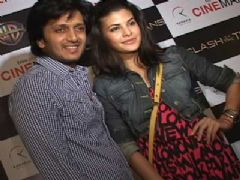 Ritesh Deshmukh and Jacqueline @ Premiere of 'Clash of the Titans'