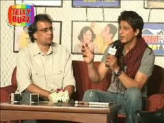 Shahrukh Khan With His Show -Ghar ki Baat hai