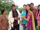 Purshottam Deewan returns back home from hospital and Pankhuri welcomes him along with the Deeewan family