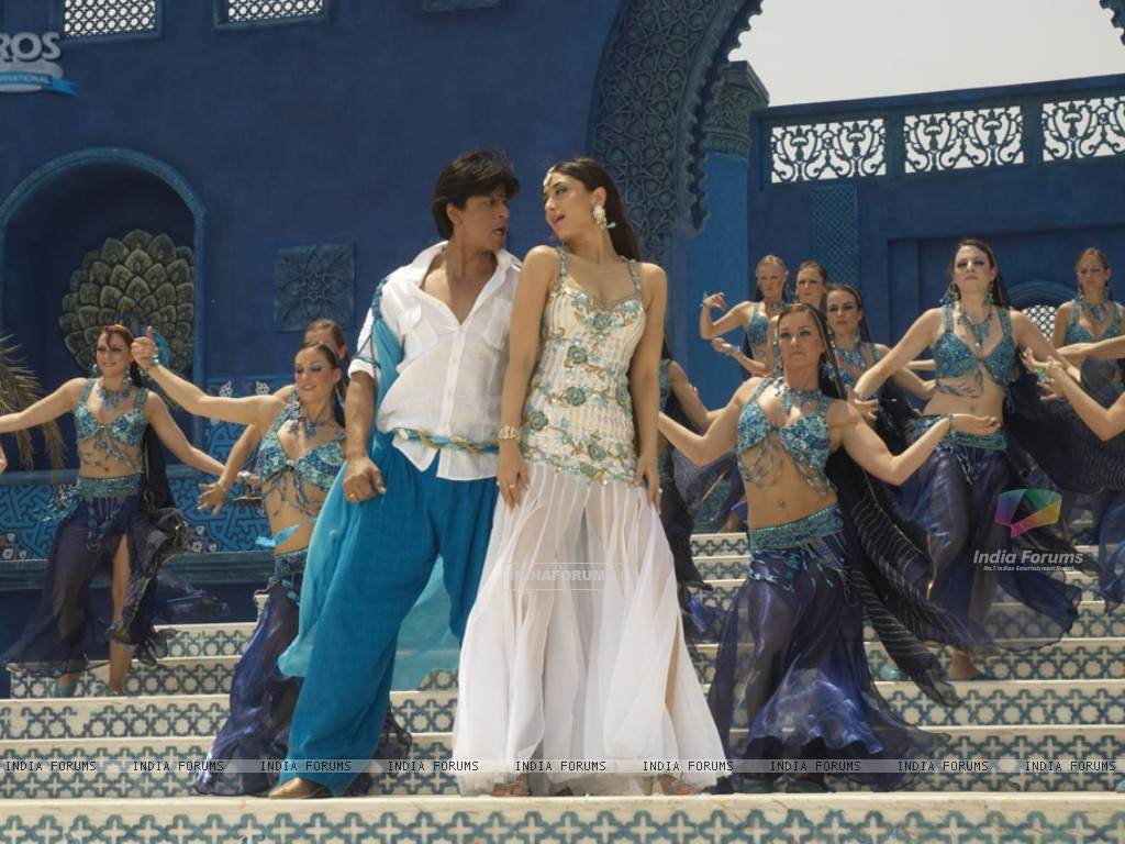 Shahrukh and Kareena in marjani song (11097) size:1024x768