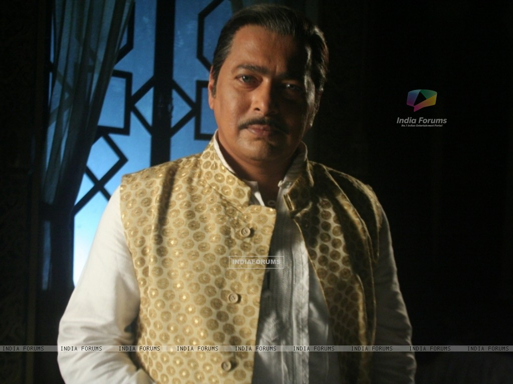 Rupesh Chauhan as Bharati Father (116396) size:1024x768