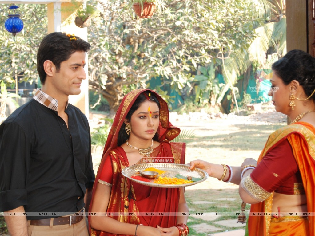 Still scene from tv show Ganga Kii Dheej (117230) size:1024x768