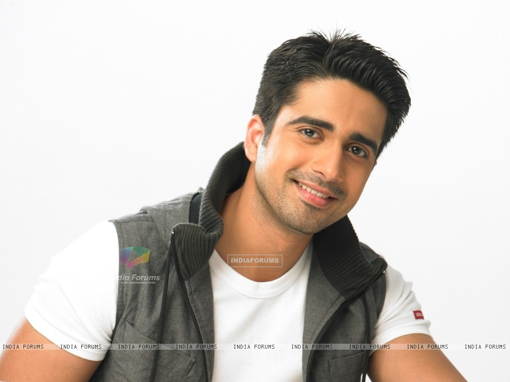 Avinash Sachdev as Dev in Chhoti Bahu (123455) size:1024x768
