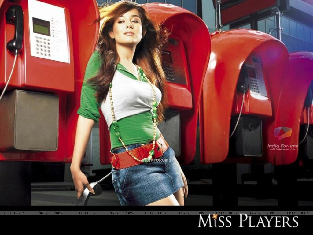 Amrita Rao on Miss Players in short jeans (15358) size:1024x768