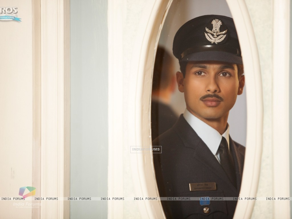 Shahid Kapoor as Harry in the movie Mausam (156302) size:1024x768