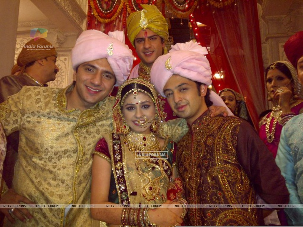 Rashmi wedding on the sets of Ye Rishta Kya Kehlata Hai (157066) size:1024x768