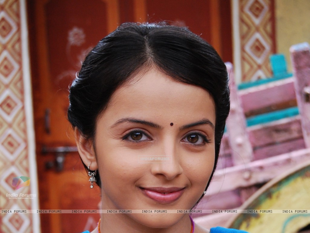 Shrenu Parikh as Aastha in tvshow Hawan (161589) size:1024x768