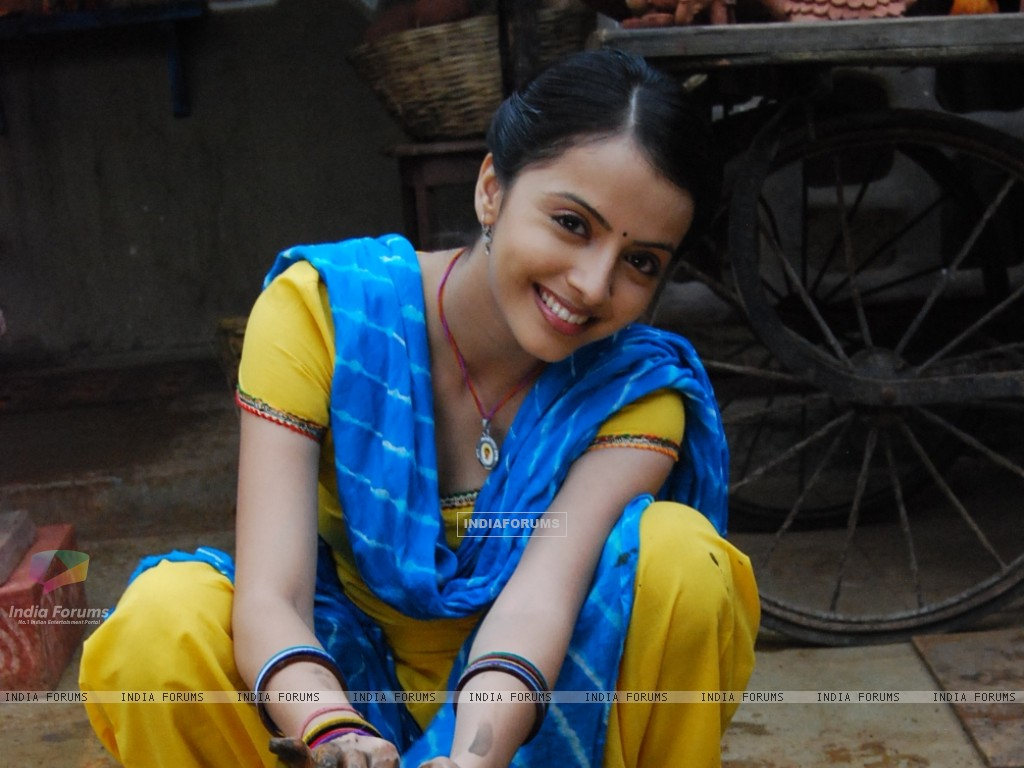 Shrenu Parikh as Aastha in tvshow Hawan (161592) size:1024x768