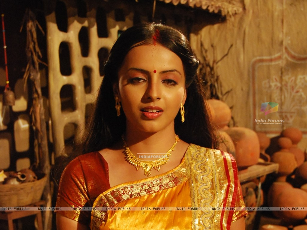 Shrenu Parikh as Aastha in tvshow Hawan (163377) size:1024x768